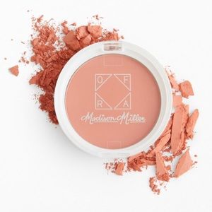 OFRA beauty blush in Ollie Need is Love